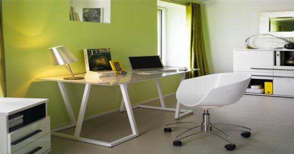 voici comment optimiser le rangement de votre bureau. Black Bedroom Furniture Sets. Home Design Ideas